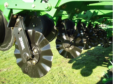 Picture of Yetter No-Till Coulter for Kinze and JD 7000, 7100
