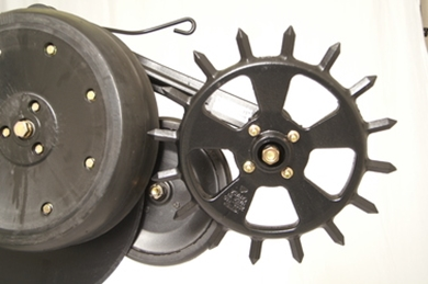 Picture of Cast Spike Closing wheel for JD drills