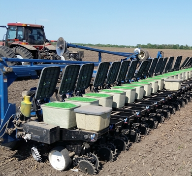 Picture of Yetter Lid Lift.